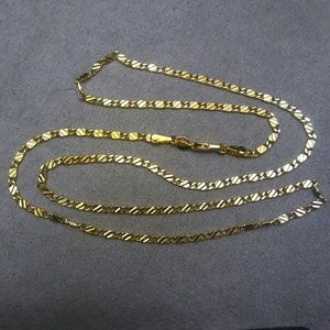 Jewelry - 18K Gold Chain Necklace with Detailed Links